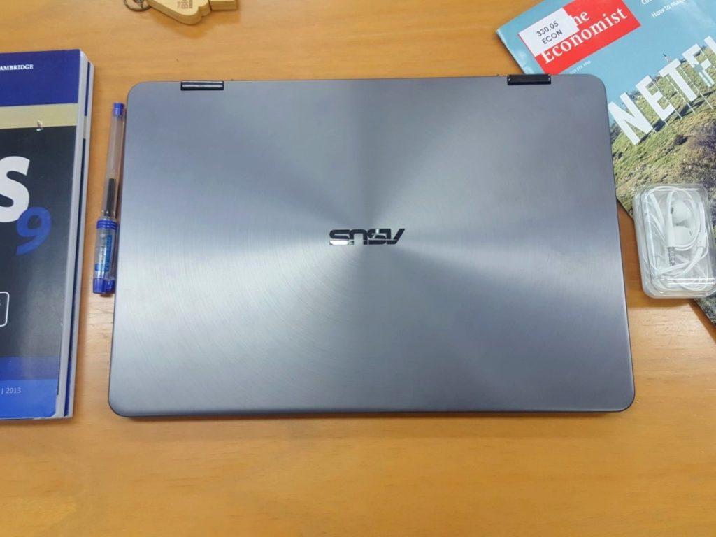 Asus Zenbook Flip 14 UX461Un